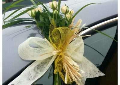 decoracion floral para coche de novio en trebole floristeria en pola de laviana en la cuenca del nalon en asturias