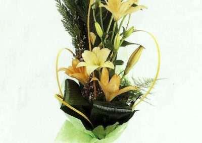 detalle floralde liliums en trebole floristeria en pola de laviana( asturias)