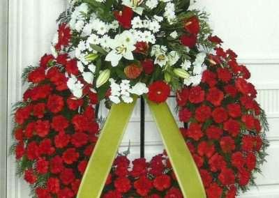 coronas ,ramos , centros para funeral en trebole floristeria en pola de laviana ,cuenca del nalon(asturias)