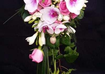 ramos de novia ,bodas eventos,en floristeria trebole en pola de laviana en la cuenca del nalon en asturias