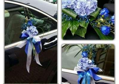 manillas y centro ,decoraciones para coche nupcial,en floristeria trebole en pola de laviana en la cunca del nalon en asturias