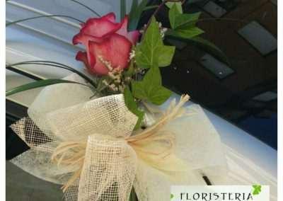 adornos florales par coches nupciales,en floristeria trebole en pola de laviana en la cuenca del nalon en asturias