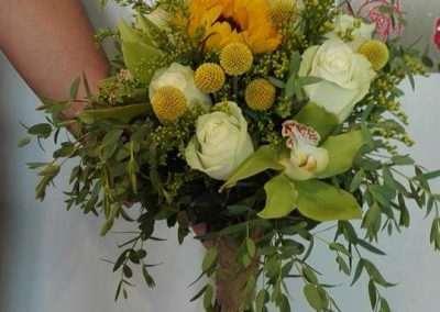 ramo de novia bouquet en floristeria trebole en pola de laviana en la cuenca del nalon en asturias