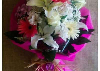 Ramos de flores para cumpleaños, en floristeria trebole en pola de laviana en la cuenca del nalon en asturias