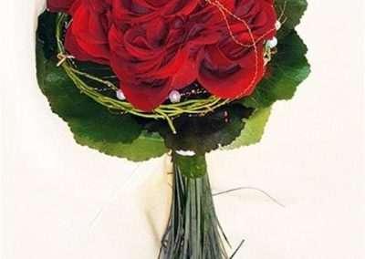 ramo de novia ,bodas ,eventos en pola de laviana en floristeria trebole en la cuenca del nalon en asturias