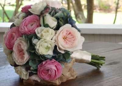 ramos de novia ,bodas , eventos,en floristeria trebole,en pola de laviana en la cuenca del nalon en asturias