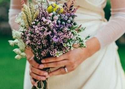 ramos de novia silvestres en floristeria trebole en pola de laviana en la cuenca del nalon en asturias