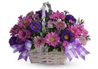cesta de flor para regalo en floristeria trebole en pola de laviana en la cuenca del nalon en asturias
