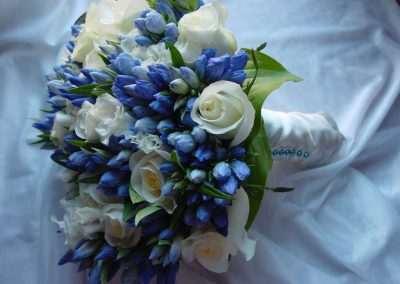 ramos de novia ,bodas,eventos en pola de laviana en trebole floristeria